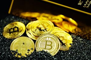 Bitcoin or Gold: The ultimate reflationary trade